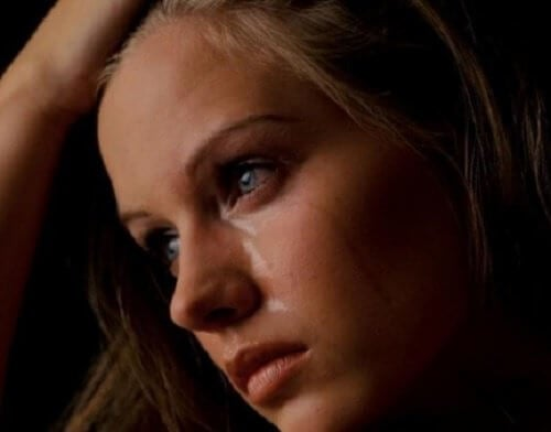 Sådan håndterer du tabt kærlighed og problemer med dine elskede