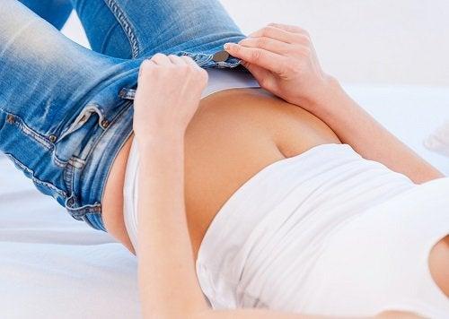 9 farer ved at have for tætsiddende tøj på