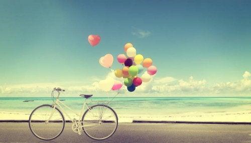 Cykel balon og strand