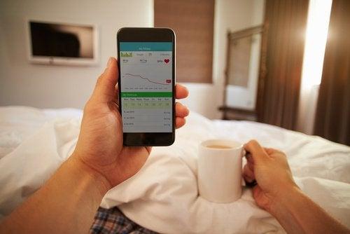 Sådan påvirker dit brug af mobiltelefon dit helbred