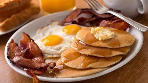 5 fødevarer, du skal undgå at spise til morgenmad