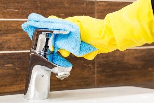 Gør dine vandhaner skinnende