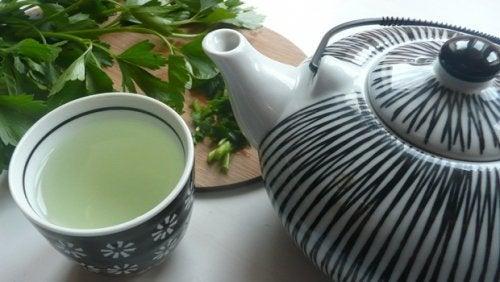 Rens din lever med denne fantastiske te med persille og mynte