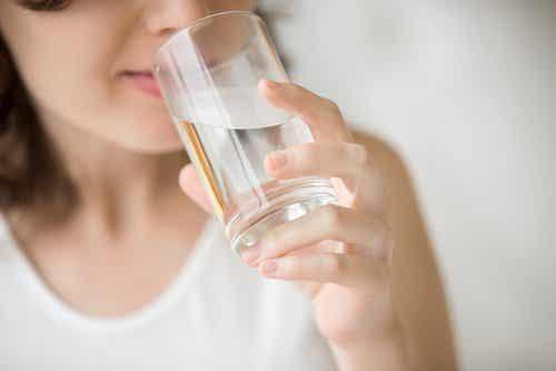 7 naturlige midler som blot skal bruge vand