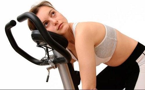 Lider du at kaliummangel vil du ofte føle dig træt og svag.