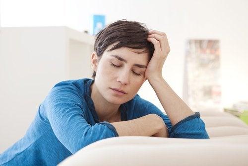 Kvinde der er træt