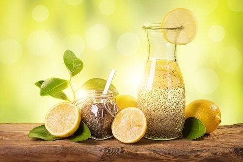 Hurtigt vægttab med citron, ingefær og chiafrø
