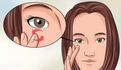 5 fejl ved øjenpleje, som du måske begår