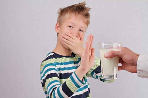 Dreng med laktoseintolerans