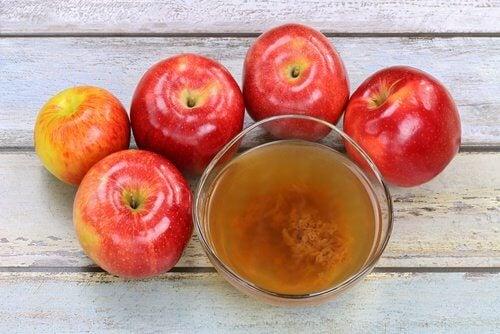 Fjern appelsinhud med æblecidereddike.
