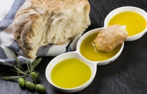 Brød med olivenolie: Den perfekte kombination