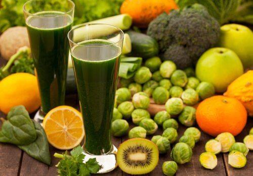Frugt juice og frugter