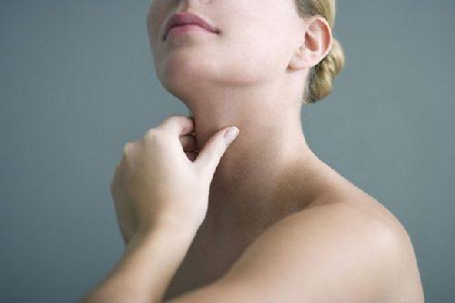 6 ting du skal vide om hashimotos thyroiditis