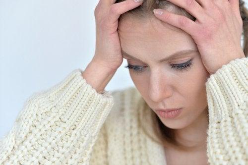 En af de ukendte måder angst påvirker din krop er hovedpine.