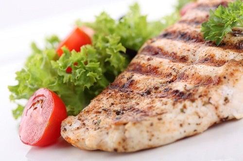 Hvid fisk og lidt salat