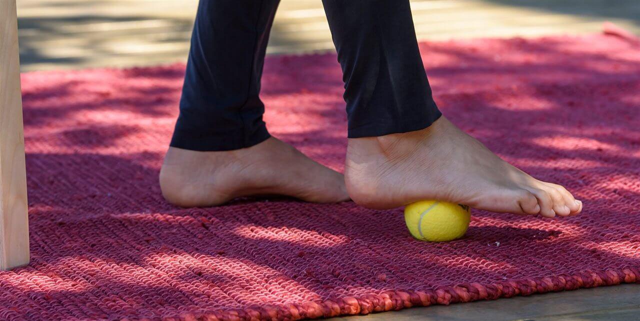 Bold til at træne fødderne.