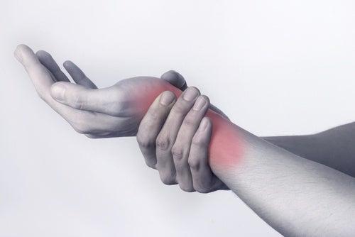 Gentagne bevægelser kan give smerter i leddene.