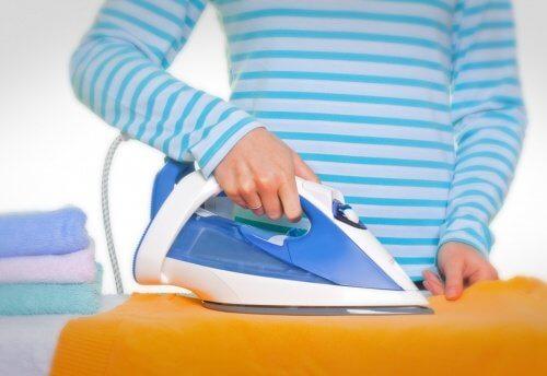 Anvend majsstivelse til at stryge tøj