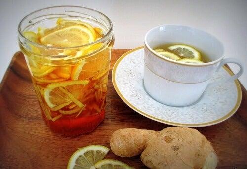 CItron og ingefaer juice