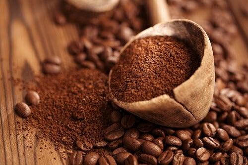 Tips til at undgå at drikke for meget kaffe