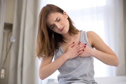 Brystsmerte som tegn på angst