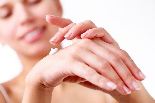 Creme til at opnå silkebløde hænder