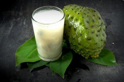 10 fordele ved at drikke graviola juice