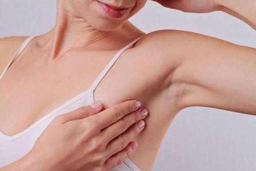 Smerter i armhulerne