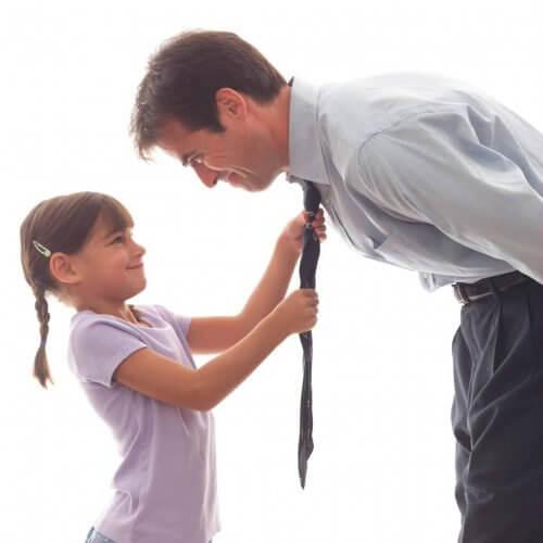 Far, datter og slips