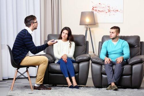 Par går i terapi, da hun ikke har lyst til ham