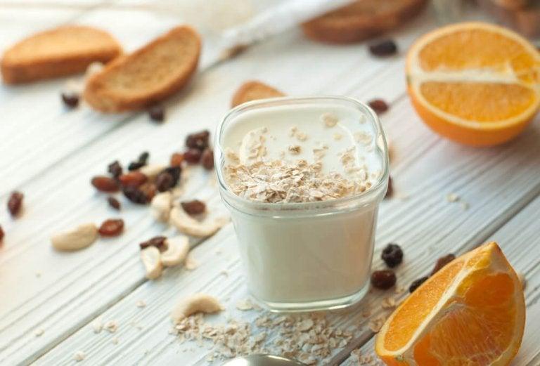 Yoghurt og appelsin