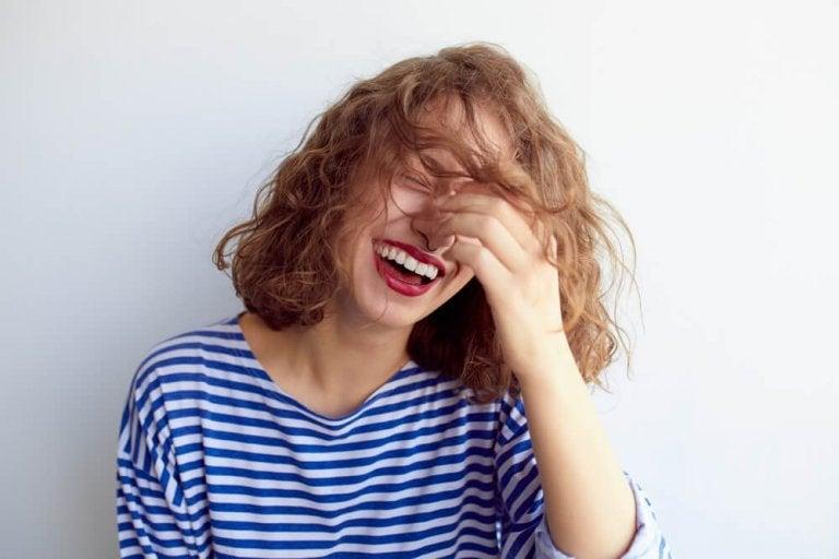Kvinde der griner - kontrollere angst
