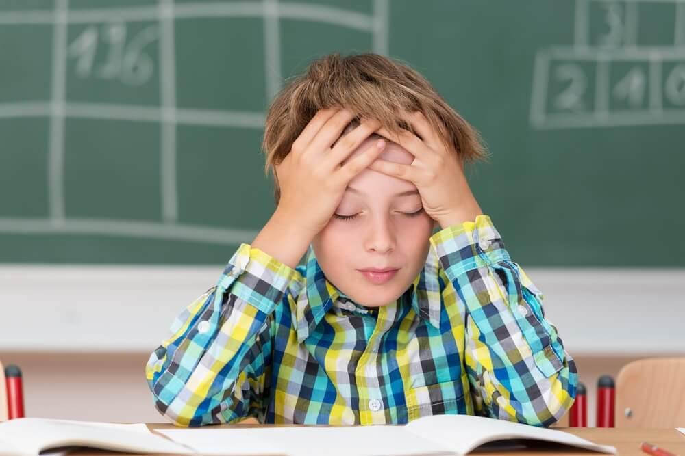 Dreng med hovedpine