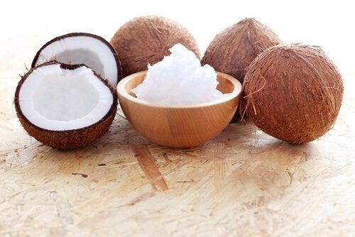 Kokosolie og honningbehandling