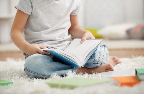 Barn laeser bog - hvad er ordblindhed