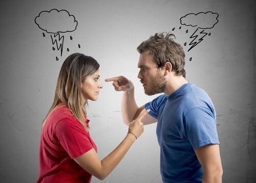 Par der peger fingre ad hinanden