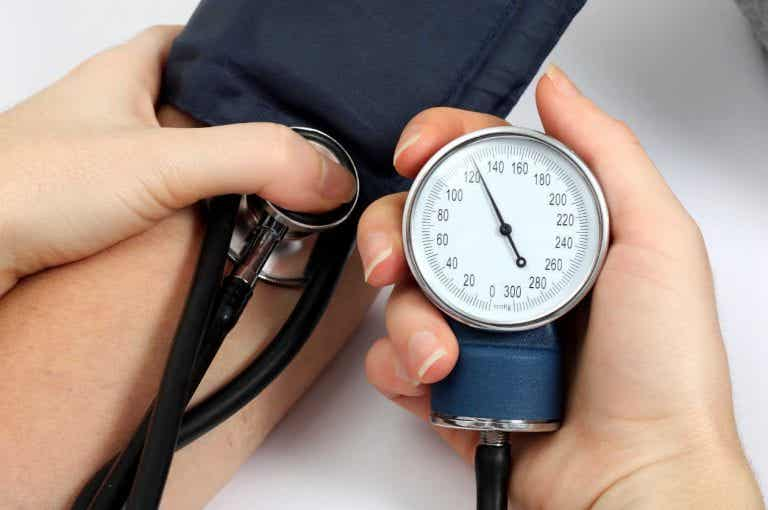 5 naturlige midler mod højt blodtryk