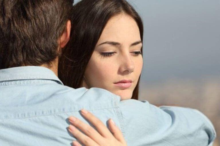 Bliver du i et forhold grundet skyld, frygt eller medlidenhed?