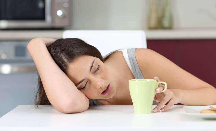 7 grunde til at du føler dig træt – råd mod træthed