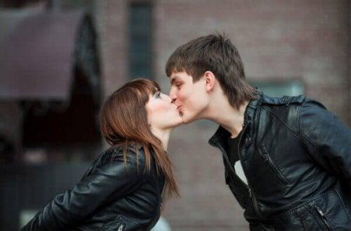 Kys på munden