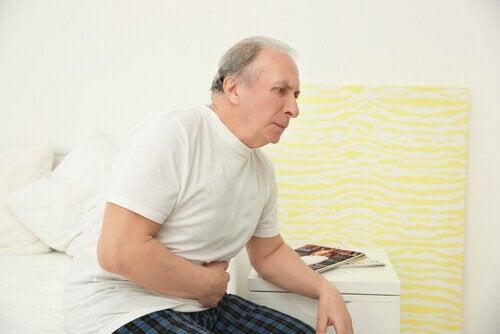 Mand har mavepine