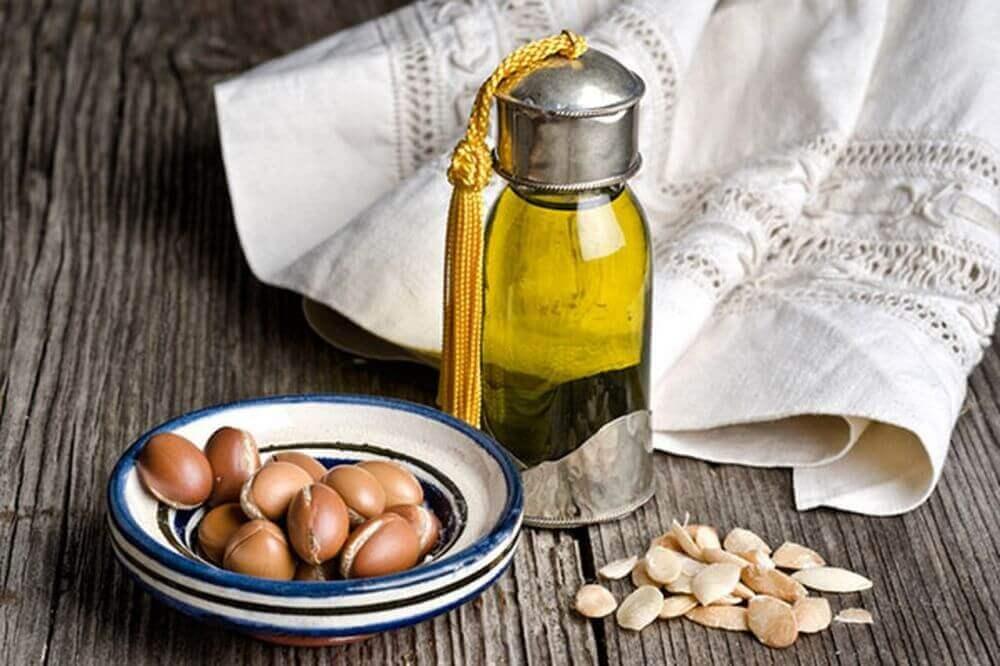 Lille flaske olie - oejenbryn tykkere