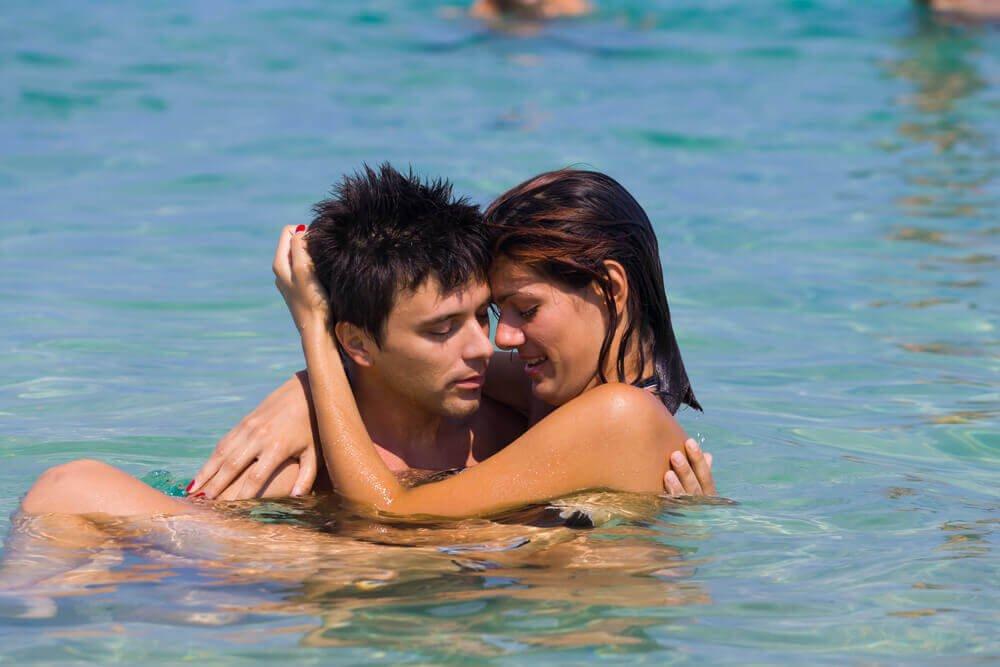 Kærlighed i poolen