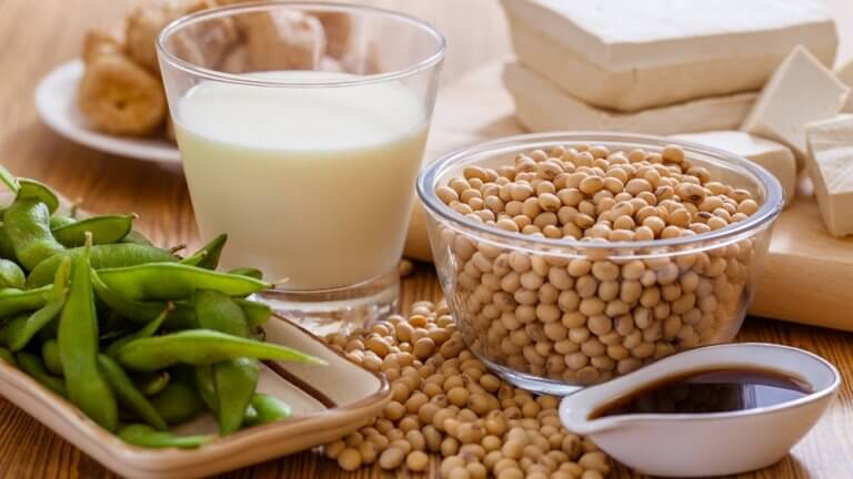 Foedevarer med soya