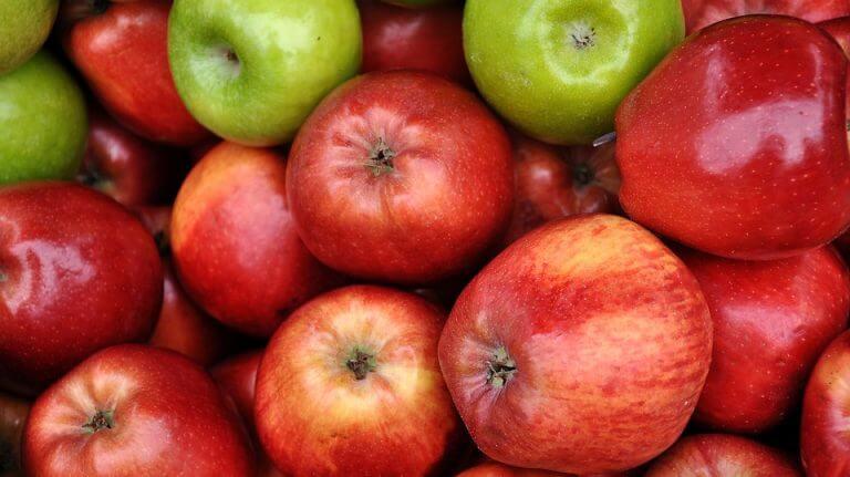 Æbler.