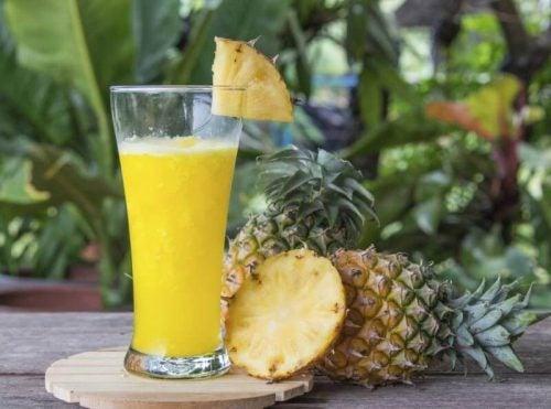 Ananas og ananas smoothie - afrodisiakalske drinks