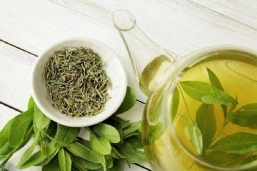 Te er rigtig godt til at styke og stimulere produktionen af kollagen i kroppen.