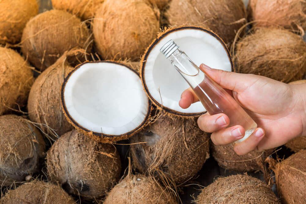 Kokosolie og kokosnoedder