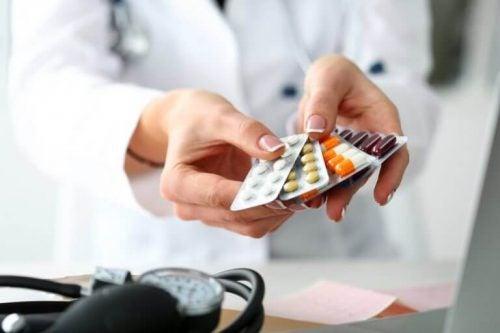 Det er vigtigt at færdiggøre sin behandling, også selvom man ikke længere føler der er symptomer at behandle.
