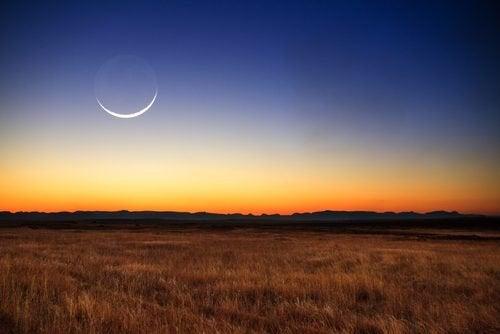 Siden oldtiden har man vidst, at månen påvirker mennesker.